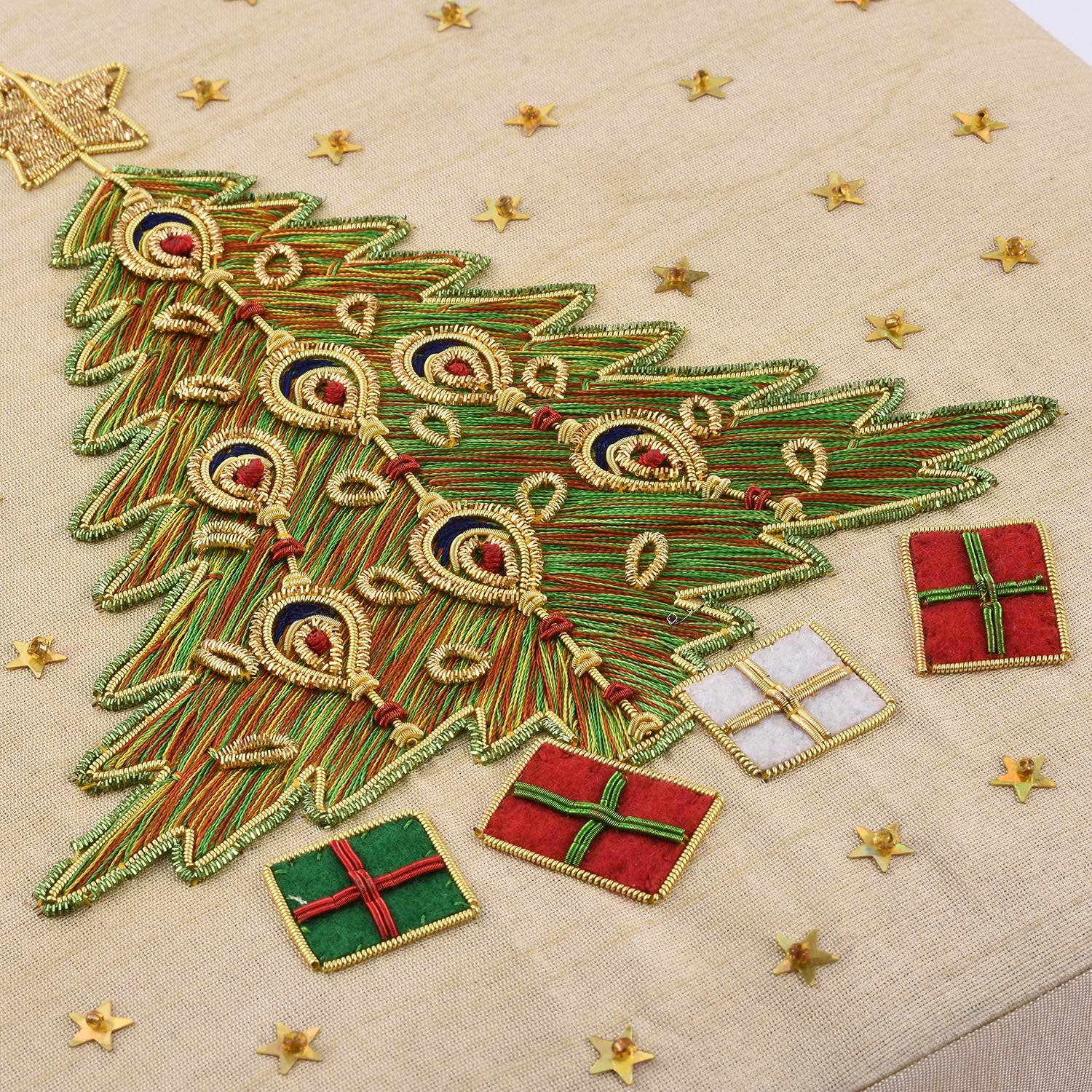 hand embroidery ring box with christmas tree embroidery 10x10 in - Christmas Ornament Ring Box