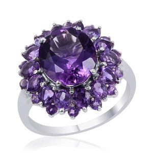 Uruguayan Amethyst Platinum Over Sterling Silver Ring (Size 8.0) TGW 6.550 cts.