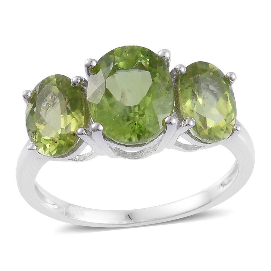 Hebei Peridot Sterling Silver 3 Stone Ring (Size 6.0) TGW 5.300 cts.