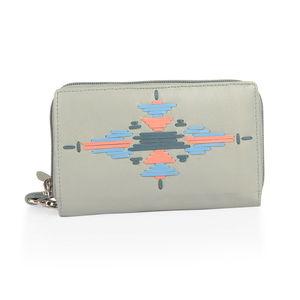 Santa Fe Style Mint 100% Genuine Leather RFID Ladies Wallet with Wristlet (6x1x4 in)