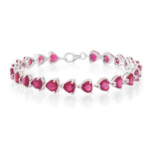 Niassa Ruby (FF) Sterling Silver Linking Hearts Bracelet (6.50 In) TGW 28.50 cts.