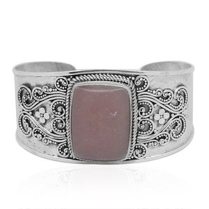 Bali Legacy Collection Peruvian Pink Opal Sterling Silver Cuff (7.50 in) TGW 39.64 cts.