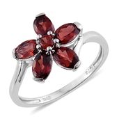 Mozambique Garnet Platinum Over Sterling Silver Flower Ring (Size 6.0) TGW 3.03 cts.