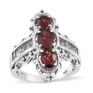 Mozambique Garnet, White Topaz Platinum Over Sterling Silver Elongated Ring (Size 6.0) TGW 5.09 cts.