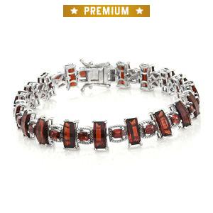Mozambique Garnet Platinum Over Sterling Silver Bracelet (7.50 In) TGW 27.22 cts.