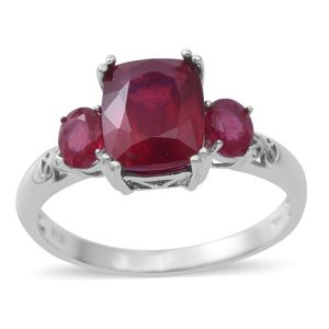 Niassa Ruby Sterling Silver Trilogy Ring (Size 7.0) TGW 5.78 cts.